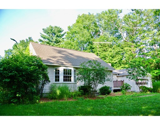 Single Family Home for Sale at 308 Townsend Road Groton, Massachusetts 01450 United States