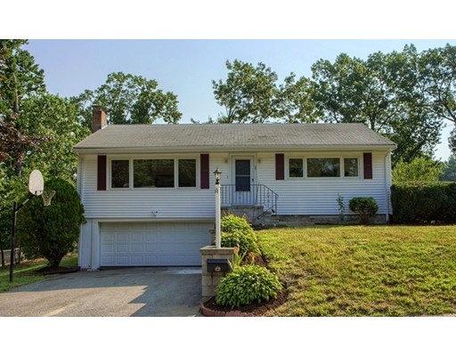 Single Family Home for Sale at 35 Woodlawn Avenue Chelmsford, Massachusetts 01824 United States