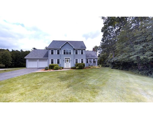 Single Family Home for Sale at 86 Ellyson Avenue Hampstead, New Hampshire 03826 United States