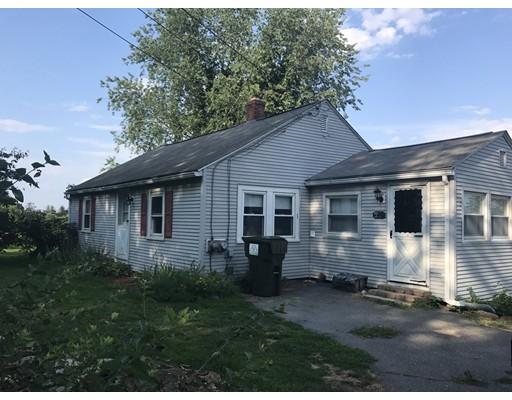 Casa Unifamiliar por un Venta en 216 Long Hill Road 216 Long Hill Road West Brookfield, Massachusetts 01585 Estados Unidos