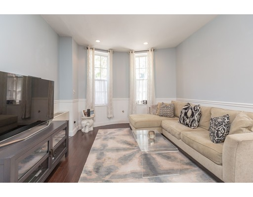 Picture 2 of 21 Bowdoin Unit 1c Boston Ma 1 Bedroom Condo