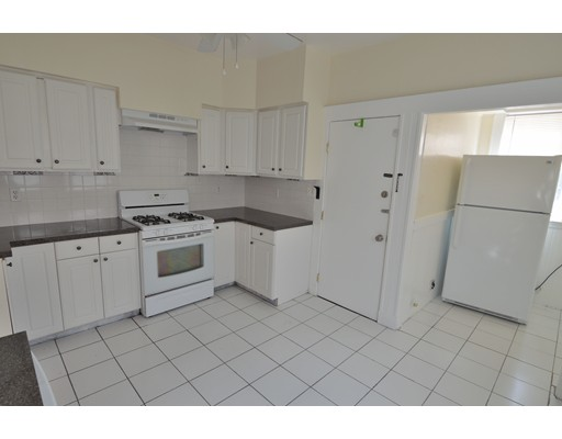 Additional photo for property listing at 55 Ridlon Road  Boston, Massachusetts 02126 Estados Unidos