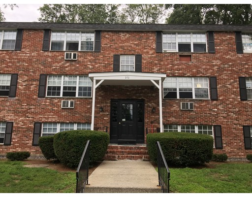 Maison unifamiliale pour l à louer à 101 UPTON STREET Grafton, Massachusetts 01509 États-Unis