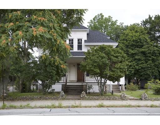 Частный односемейный дом для того Продажа на 830 Mendon Road 830 Mendon Road Woonsocket, Род-Айленд 02895 Соединенные Штаты