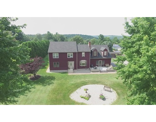Single Family Home for Sale at 20 Hanson Road 20 Hanson Road Charlton, Massachusetts 01507 United States