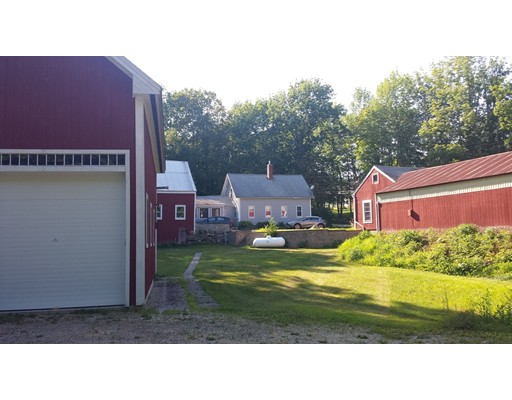 Single Family Home for Sale at 270 New Boston Road Candia, New Hampshire 03034 United States