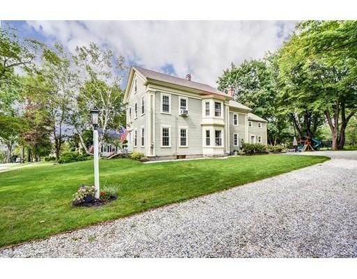 独户住宅 为 销售 在 20 Worcester Street 格拉夫顿, 马萨诸塞州 01509 美国