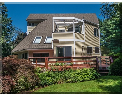 Picture 4 of 4 Apache Ave  Andover Ma 3 Bedroom Single Family