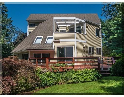 Maison unifamiliale pour l Vente à 4 Apache Avenue Andover, Massachusetts 01810 États-Unis