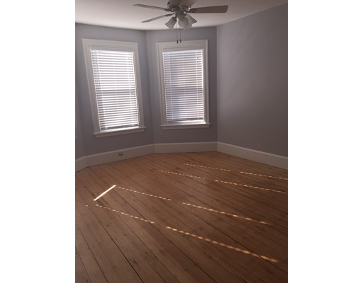 Additional photo for property listing at 36 Woodward Street  波士顿, 马萨诸塞州 02127 美国