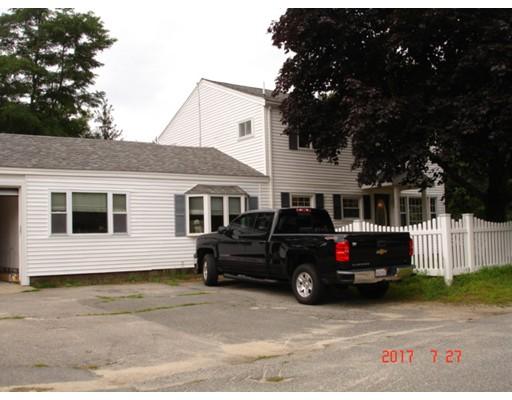Picture 7 of 4 Sandy Lane  Salisbury Ma 5 Bedroom Multi-family