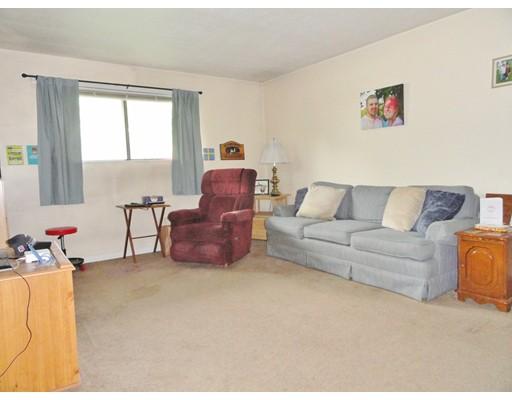 Кондоминиум для того Продажа на 176 Maple Avenue #1-8 Rutland, Массачусетс 01543 Соединенные Штаты