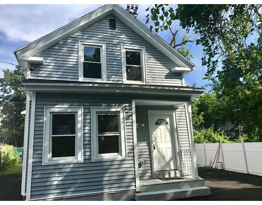14 Exchange Pl, Lowell, MA 01852