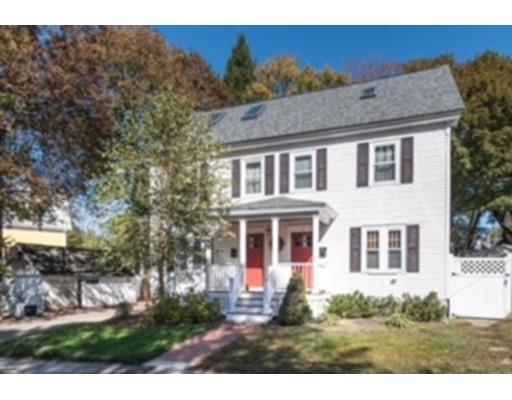 Maison unifamiliale pour l Vente à 4 Summer Street Andover, Massachusetts 01810 États-Unis