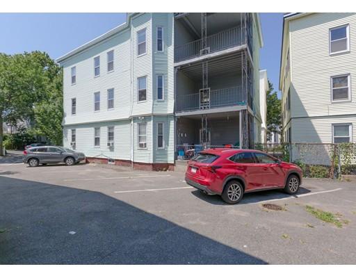 Многосемейный дом для того Продажа на 17 Wheeler Street Somerville, Массачусетс 02145 Соединенные Штаты