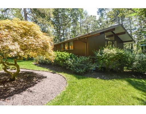 Single Family Home for Sale at 58 Gansett Road Falmouth, Massachusetts 02543 United States