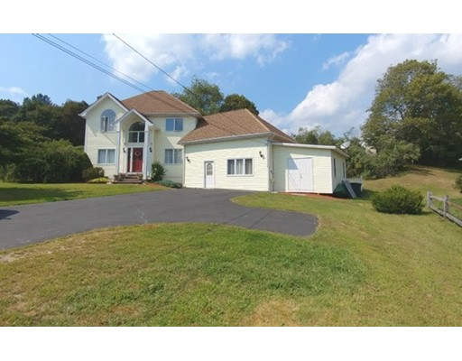 Single Family Home for Sale at 94 Elm Street Blackstone, Massachusetts 01504 United States