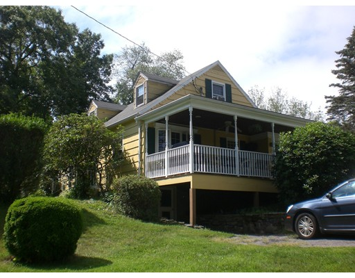 Single Family Home for Sale at 100 Huguenot Road Oxford, Massachusetts 01540 United States
