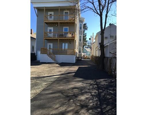 Casa Multifamiliar por un Venta en 268 Chatham Street 268 Chatham Street Lynn, Massachusetts 01902 Estados Unidos