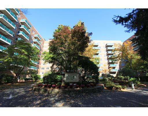 独户住宅 为 出租 在 185 Freeman Street 布鲁克莱恩, 马萨诸塞州 02446 美国