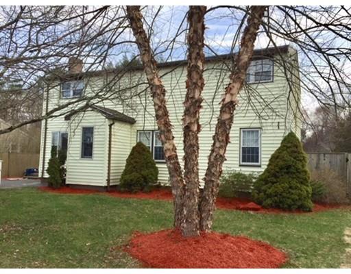 独户住宅 为 销售 在 675 Bay Road 莎伦, 02067 美国