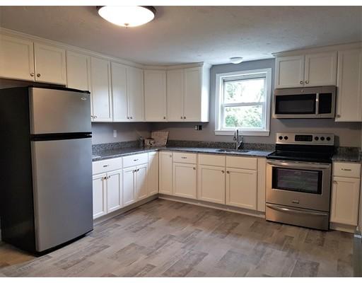 独户住宅 为 出租 在 47 Pearl Street Place 斯托顿, 马萨诸塞州 02072 美国