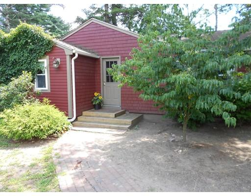 Casa Unifamiliar por un Venta en 3 Crystal Lake Drive Carver, Massachusetts 02330 Estados Unidos