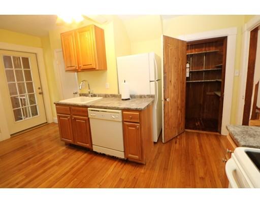 独户住宅 为 出租 在 43 Eastern Avenue 林恩, 马萨诸塞州 01902 美国