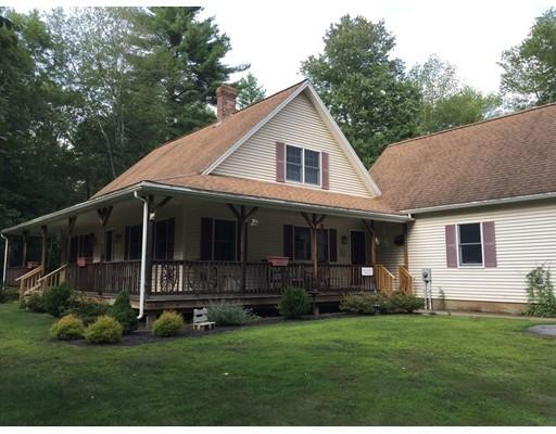 Casa Unifamiliar por un Venta en 81 New Braintree Road West Brookfield, Massachusetts 01585 Estados Unidos
