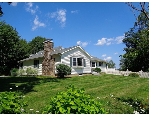 Single Family Home for Sale at 76 Tower Hill Road 76 Tower Hill Road Brimfield, Massachusetts 01010 United States