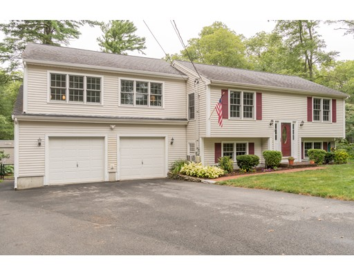2 Quiet Hollow, Plymouth, MA 02360