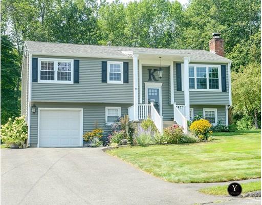 واحد منزل الأسرة للـ Sale في 45 Liswell Drive Agawam, Massachusetts 01030 United States