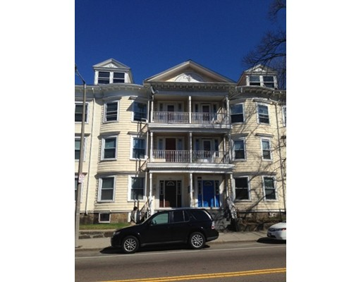 Apartamento por un Alquiler en 470 Warren St. #2 470 Warren St. #2 Boston, Massachusetts 02121 Estados Unidos