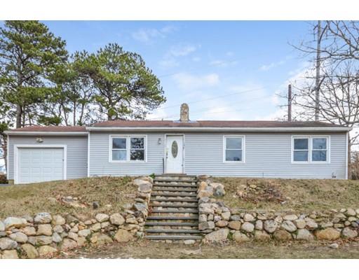Частный односемейный дом для того Продажа на 156 King Phillip Road Brewster, Массачусетс 02631 Соединенные Штаты
