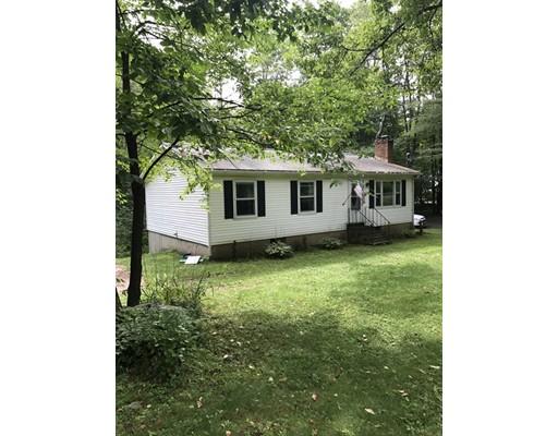 Casa Unifamiliar por un Venta en 319 Wendell Road 319 Wendell Road Shutesbury, Massachusetts 01072 Estados Unidos