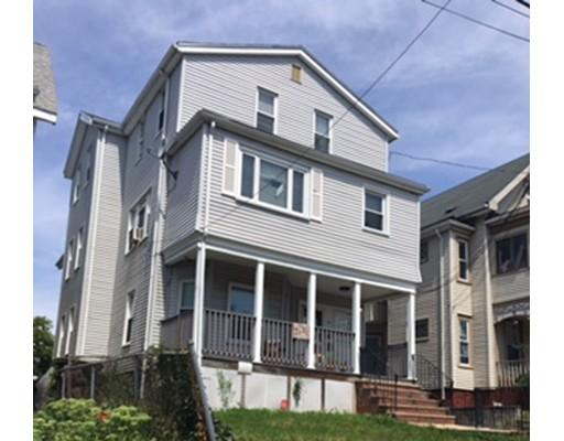Maison avec plusieurs logements pour l Vente à 74 Upham Street Malden, Massachusetts 02148 États-Unis