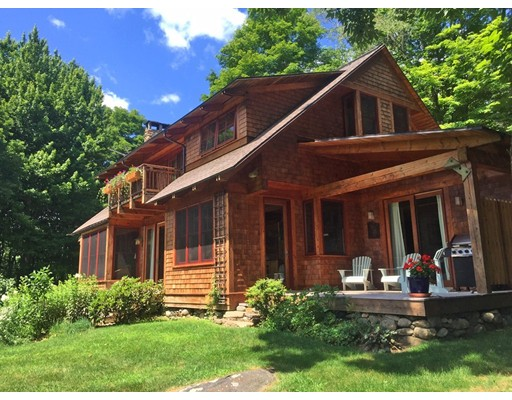 Casa Unifamiliar por un Venta en 132 Franklin Hill Road Colrain, Massachusetts 01340 Estados Unidos
