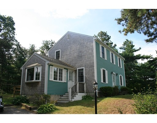 2 Queen Drive, Plymouth, MA 02360
