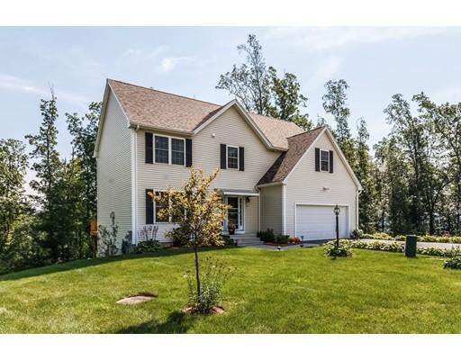 Casa Unifamiliar por un Venta en 12 Gideon Lane Shirley, Massachusetts 01464 Estados Unidos