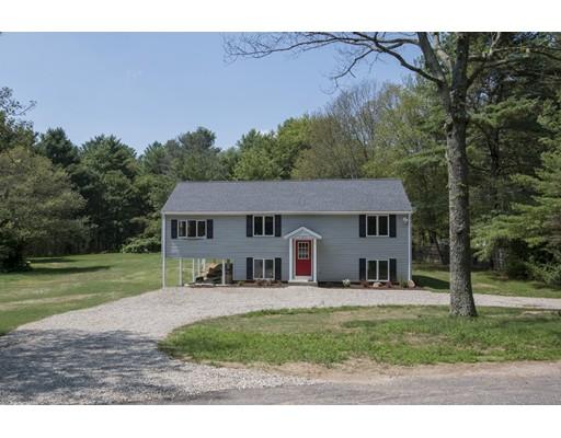 Maison unifamiliale pour l Vente à 105 Vine Street Douglas, Massachusetts 01516 États-Unis