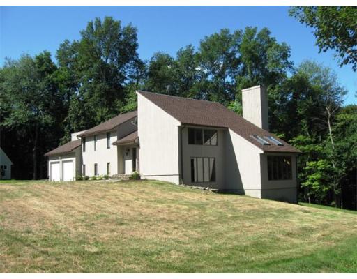 独户住宅 为 销售 在 90 Brookside Drive Longmeadow, 01106 美国