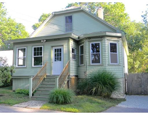 واحد منزل الأسرة للـ Sale في 88 Hancock Street Dartmouth, Massachusetts 02747 United States