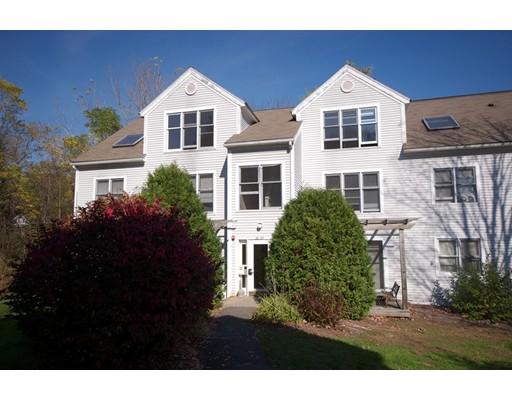Condominio por un Venta en 37 Salem Place Amherst, Massachusetts 01002 Estados Unidos