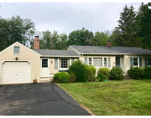 Частный односемейный дом для того Аренда на 34 Fairhaven Drive East Longmeadow, Массачусетс 01028 Соединенные Штаты