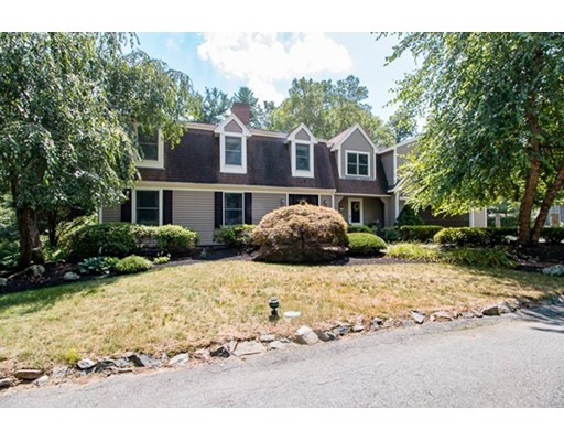 Single Family Home for Sale at 18 Elm Place 18 Elm Place Hanson, Massachusetts 02341 United States
