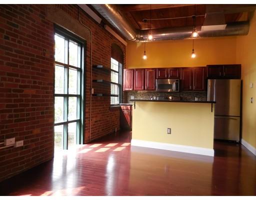 Condominio por un Venta en 25 Pond Street Amesbury, Massachusetts 01913 Estados Unidos