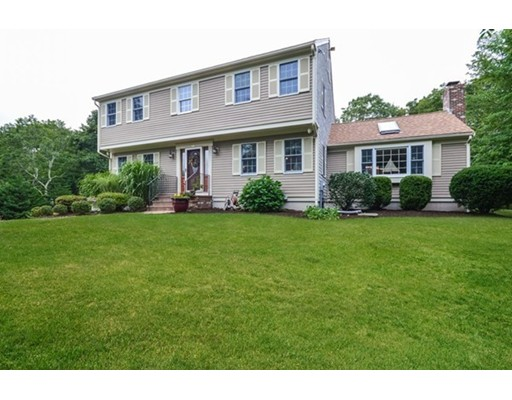 Single Family Home for Sale at 20 Noreast Drive Bourne, Massachusetts 02562 United States