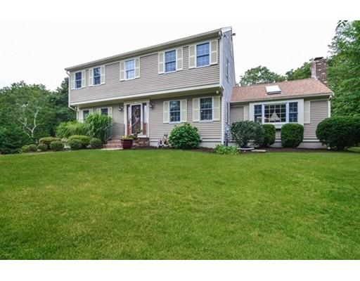 Maison unifamiliale pour l Vente à 20 Noreast Drive Bourne, Massachusetts 02562 États-Unis