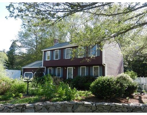 Single Family Home for Sale at 6 Gaskill Circle 6 Gaskill Circle Hopedale, Massachusetts 01747 United States