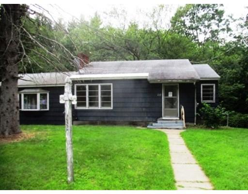 Casa Unifamiliar por un Venta en 232 Harvard Road Bolton, Massachusetts 01740 Estados Unidos